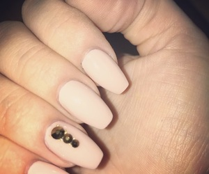 nails, Nude, and nailart image