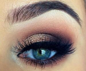 beauty, eye, and pink image