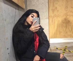 girl, iphone, and baddie image