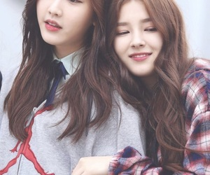kpop, Nancy, and nayun image