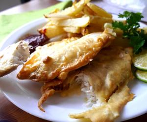 bake, chips, and fish image