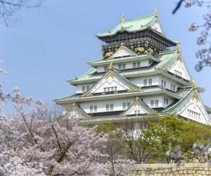 japan and osaka castle image