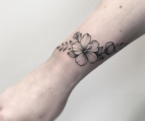 flower, flower tattoo, and hawaii image