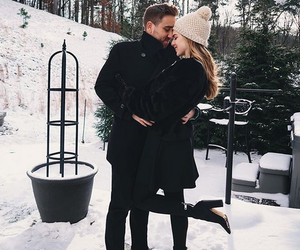 couple, winter, and snow image