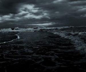 dark, grunge, and sea image
