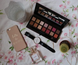 maquillage, montre, and modern renaissance image