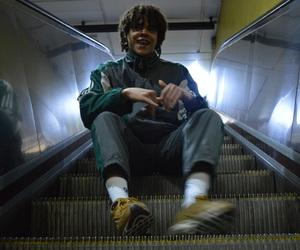 art, métro, and boys image