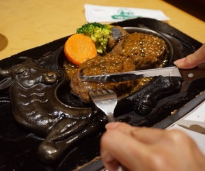 food, meat, and 静岡 image