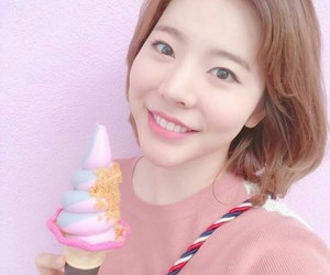 icecream, pink, and kpop image