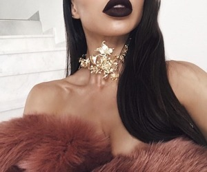 gold, beauty, and lips image