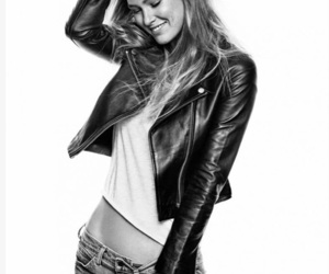 art, photography, and Bar Rafaeli image