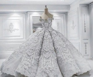 ball gown, clothing, and fashionista image