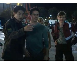 behind the scene, maze runner, and dylan o'brien image