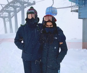 couple, japan, and snow image