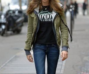 blondie, celebrity style, and otoño image