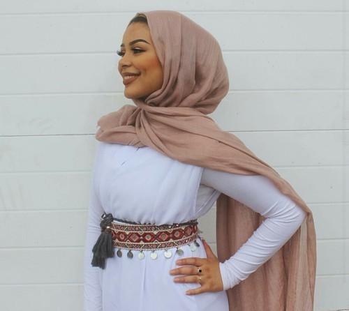 article, fashion, and hijab image