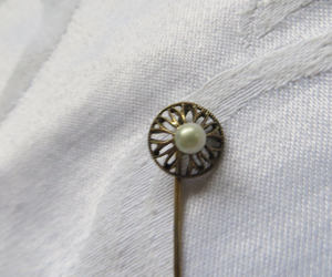 etsy, vintage lapel pin, and vintage stick pin image