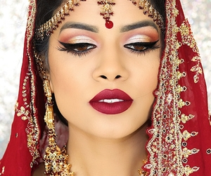 beauty, earings, and eyeliner image