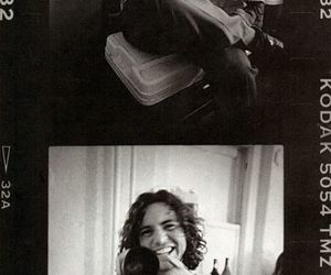 eddie vedder and pearl jam image