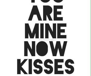 frases, a, and kisses image