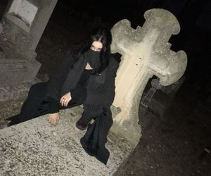 cementery, goth, and nyctophilia image