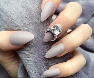 chic, color, and ring image