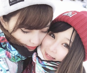 couple, snow ulzzang, and snow aesthetic image