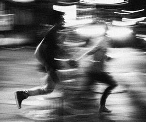 grunge, run, and black and white image