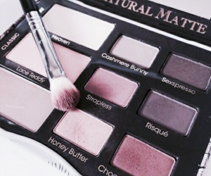 beauty, cosmetic, and eyeshadow palette image