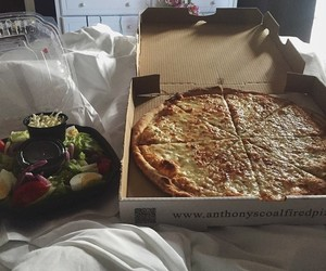 food, couple, and pizza image