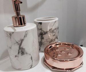 bathroom, blanco, and decoracion image