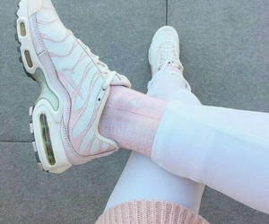 nike, pink, and tn image