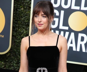 golden globes, gucci, and red carpet image