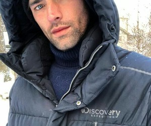 beard, blue eyes, and discovery image