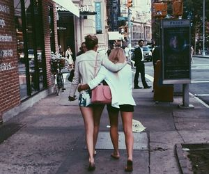 alli simpson and friends image