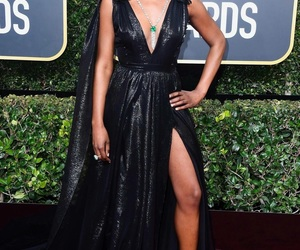 golden globes, issa rae, and red carpet image