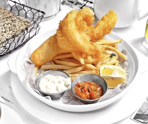 fish and chips, food, and sauce image