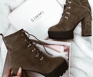 shoes, fashion, and girls image