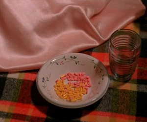 pills and Twin Peaks image