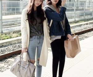 fashion, korean, and kfashion image