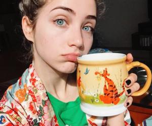 blue eyes, selfie, and emily rudd image