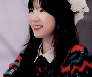 girls generation, kim taeyeon, and snsd image