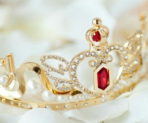 beautiful, crown, and pretty image