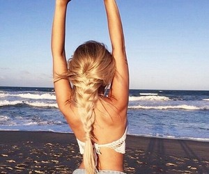 aesthetic, blonde, and beach image