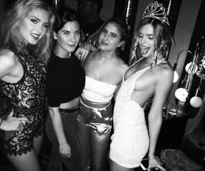 alissa violet and best friends image