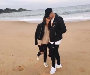 couple, love, and sea image