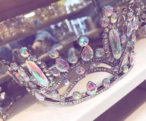class, crown, and diamonds image