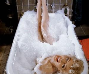 Marilyn Monroe and bath image