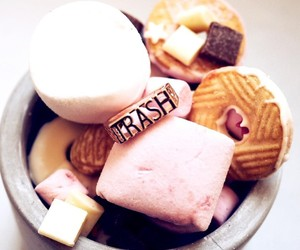 pink cookies cake, starbucks sweet milk, and chocolate nutella cream image