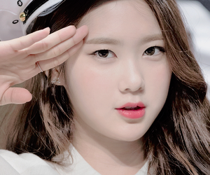 kpop, oh my girl, and kpop icon image